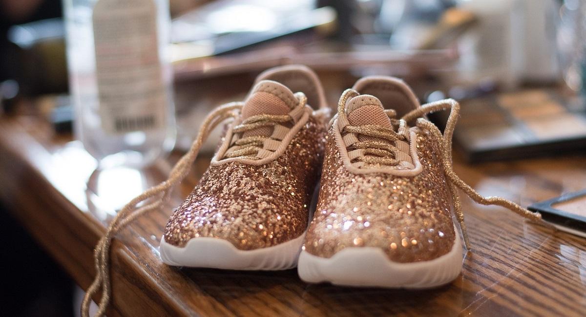 pulire le scarpe da ginnastica