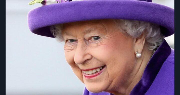 Regina Elisabetta cappelli colorati