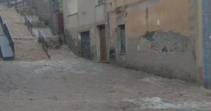 Sardegna travolta dall'alluvione: tre morti e un disperso a Bitti