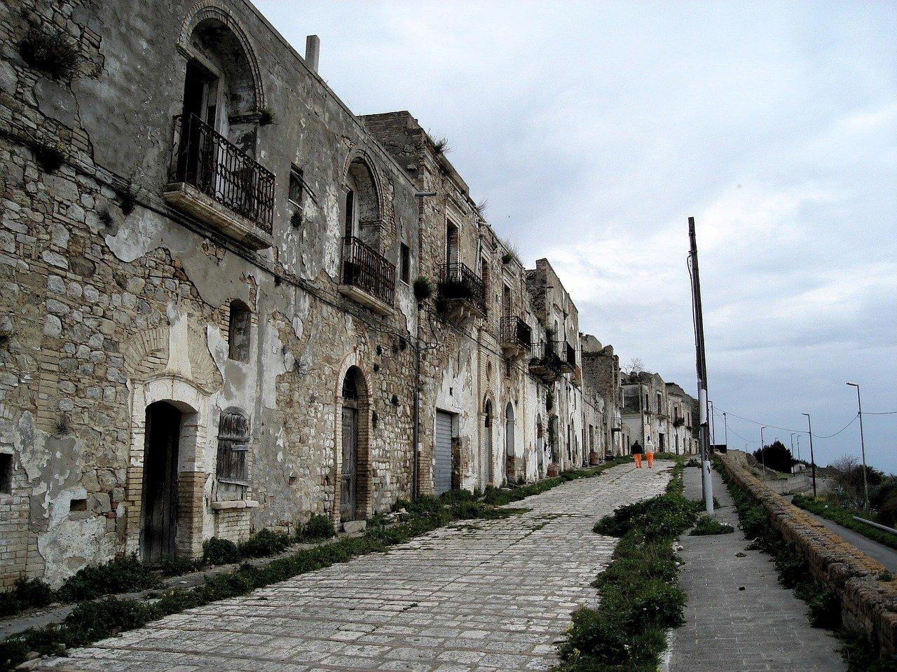 Craco-borgo-matera