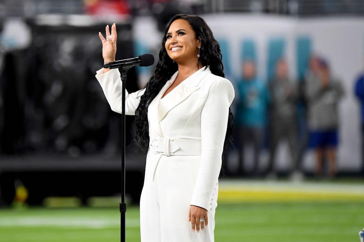 Demi Lovato nel pre show del Super Bowl