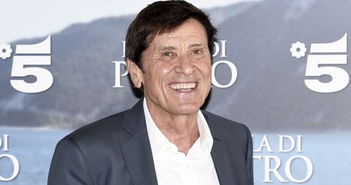 Gianni Morandi all'evento di lancio dell'Isola di Pietro