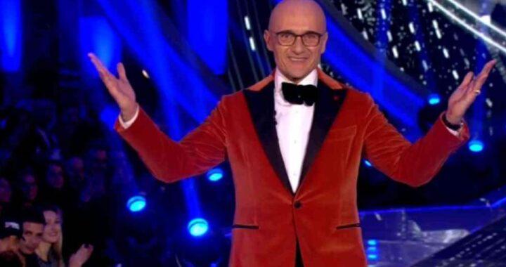 Alfonso Signorini alla conduzione del Grande Fratello Vip