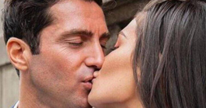 Il fidanzato Gianmaria bacia Ludovica Valli