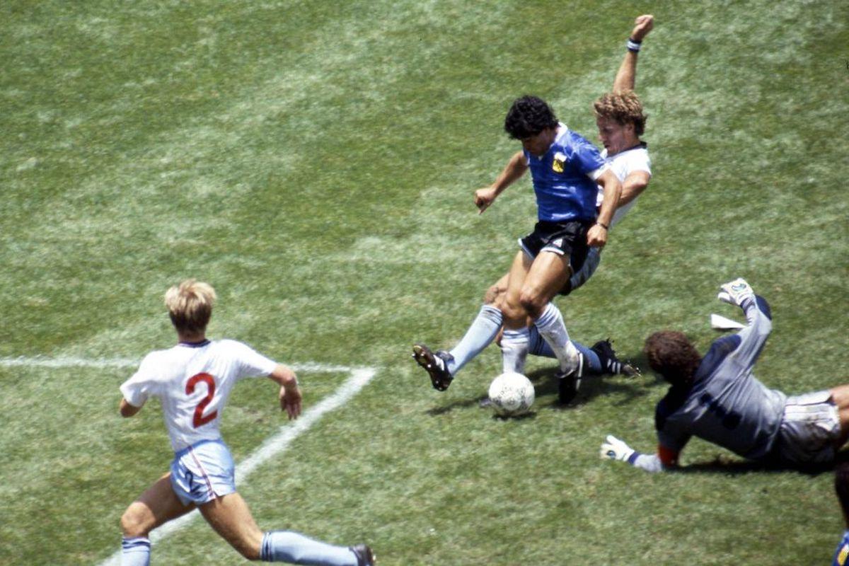 Goal di Maradona contro l'Inghilterra