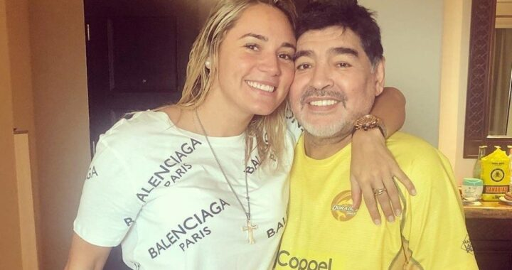 Rocio Oliva, ultima moglie di Diego Armando Maradona, viene bloccata alla veglia funebre
