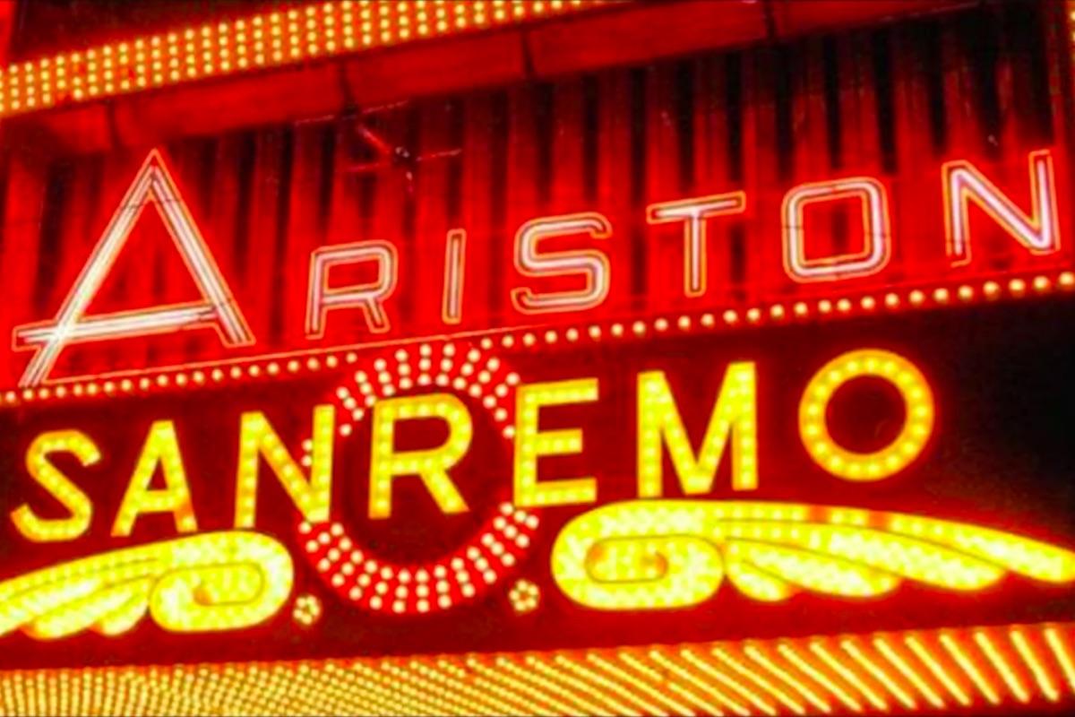 Entrata Teatro Ariston per il Festival di Sanremo