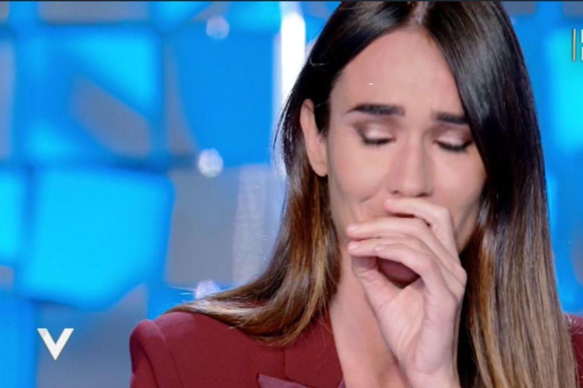 Silvia Toffanin scoppia a piangere