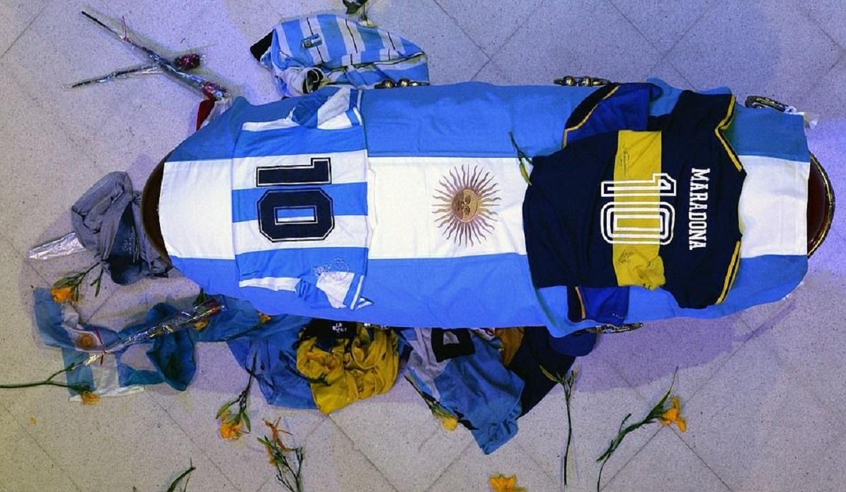 Diego Armando Maradona funerali