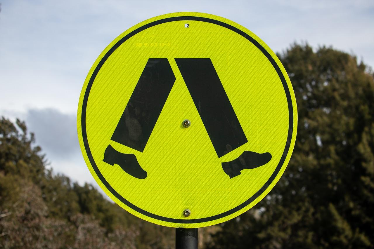 Cartello di attraversamento pedonale