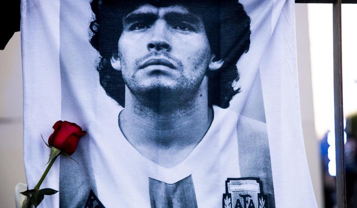 Diego Armando Maradona chiamata al 911