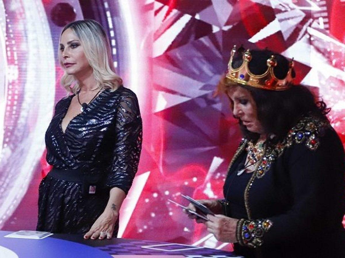 GF Vip Patrizia De Blanck infrange le regole delle nomination