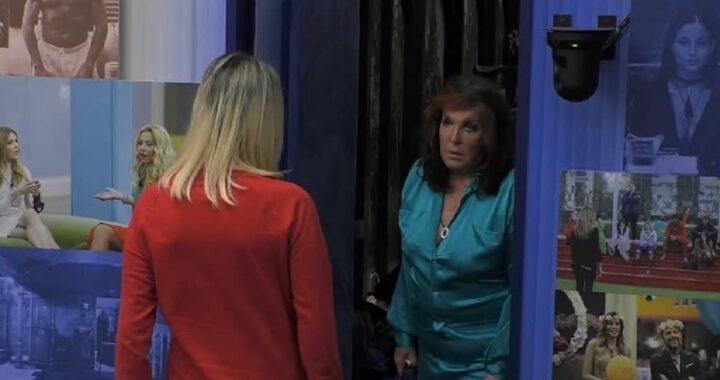 GF Vip La camera della contessa puzza