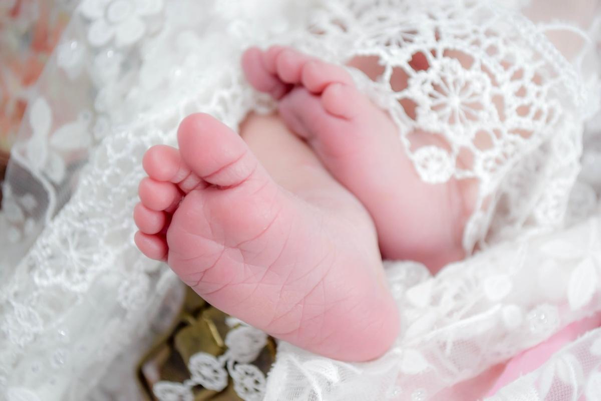 Il racconto della mamma del neonato gettato