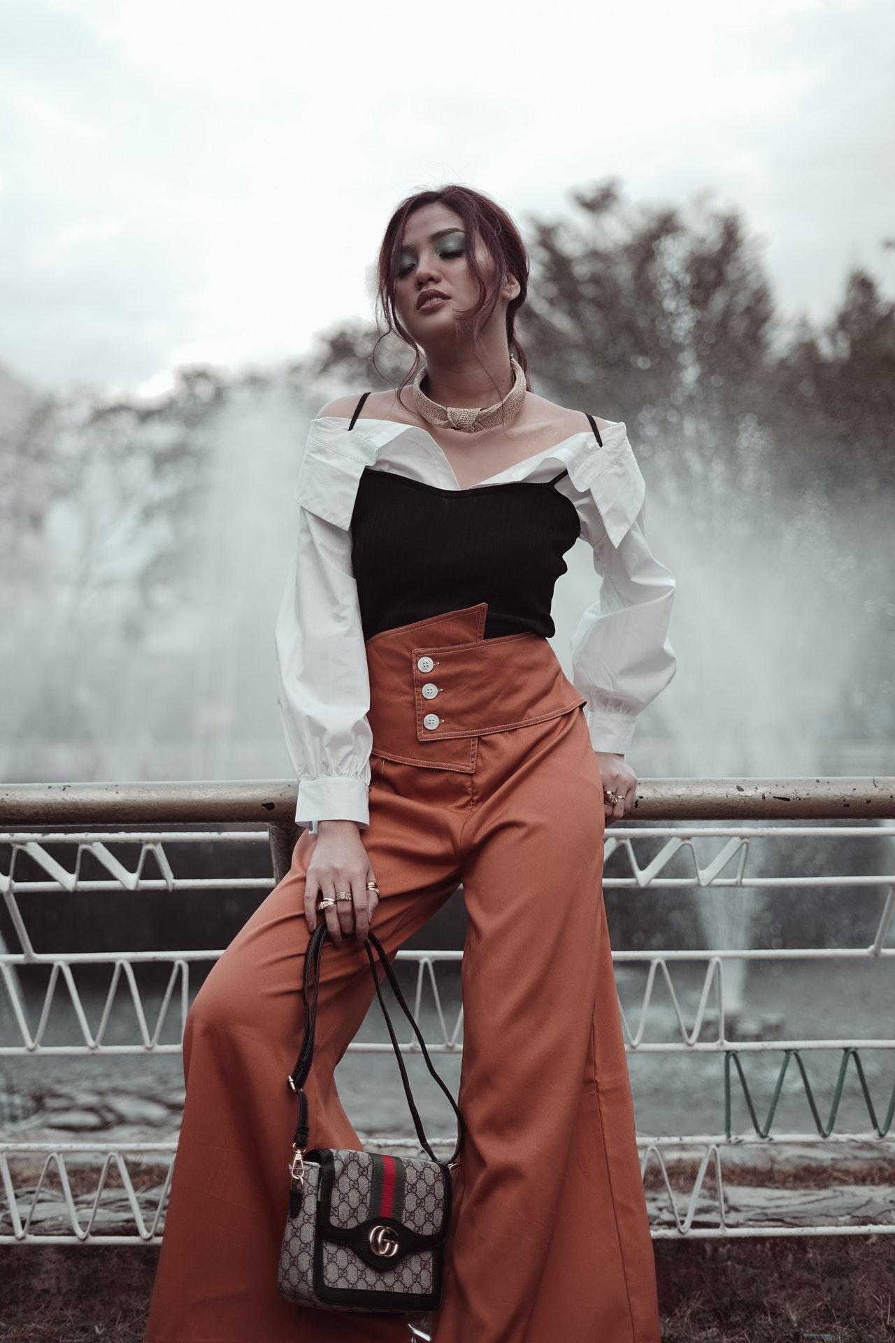 pantaloni-larghi