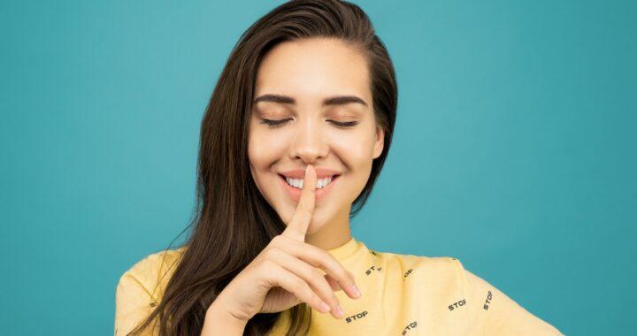 Skincare per pelle grassa: cosa usare e cosa bisogna invece evitare