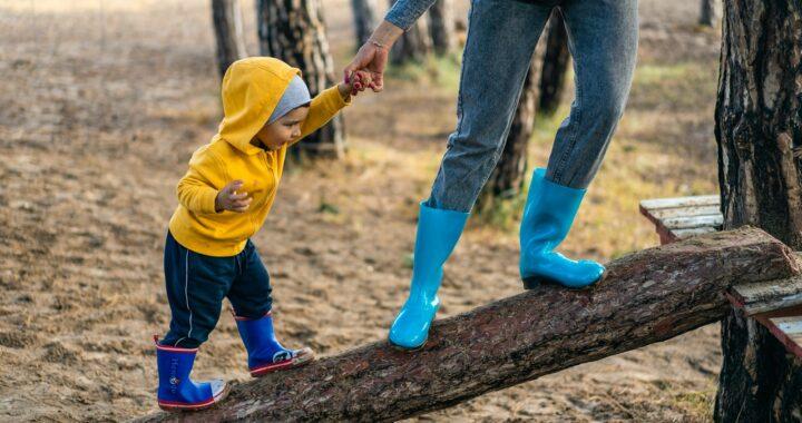 Suocera ed educazione del figlio: quali sono i limiti che bisogna impostare?