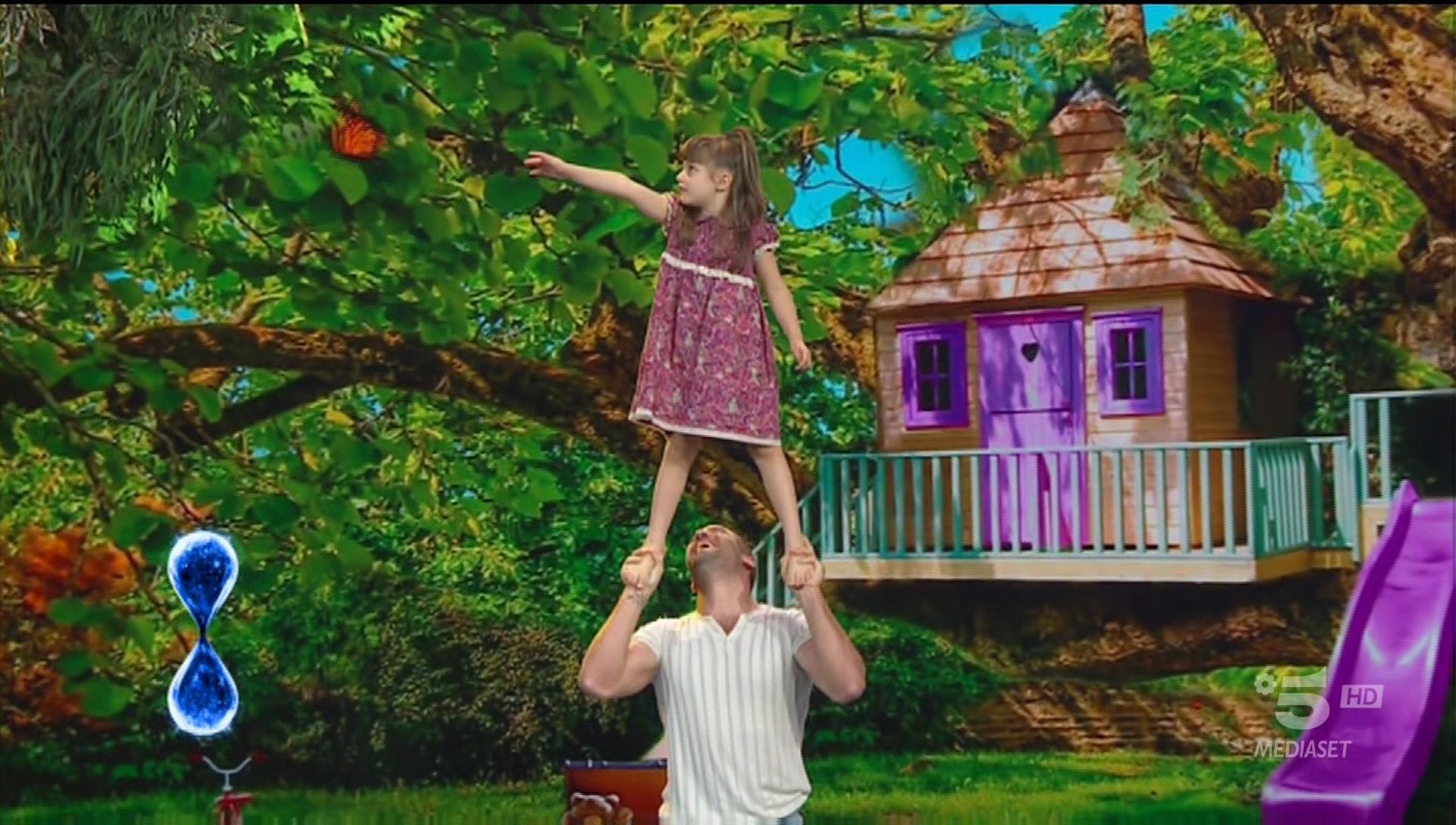 Papà acrobata e figlia