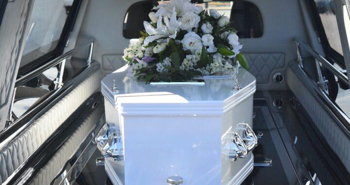 Vincenzo, il bambino di 10 anni morto a Taranto per un tumore alle ossa