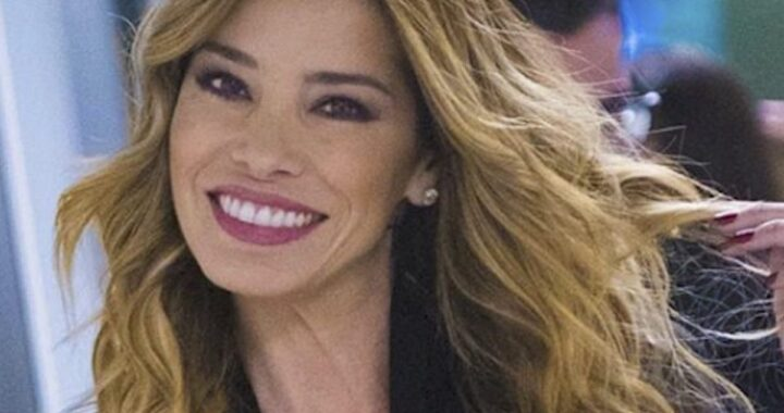 Aida Yespica che sorride