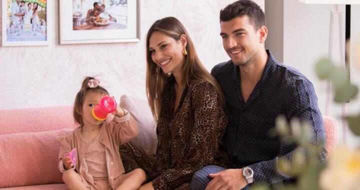 """Beatrice Valli sulla figlia Azzurra: """"Non sta bene, ha polmonite"""""""