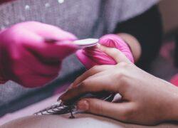 Come pulire le lime per le unghie