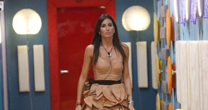 Elisabetta Gregoraci con un mini dress al GF Vip