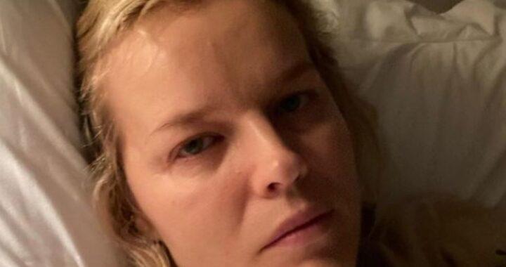 Eva Herzigova ricoverata a letto