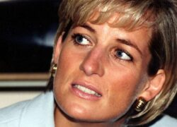Lady Diana, i look in The Crown