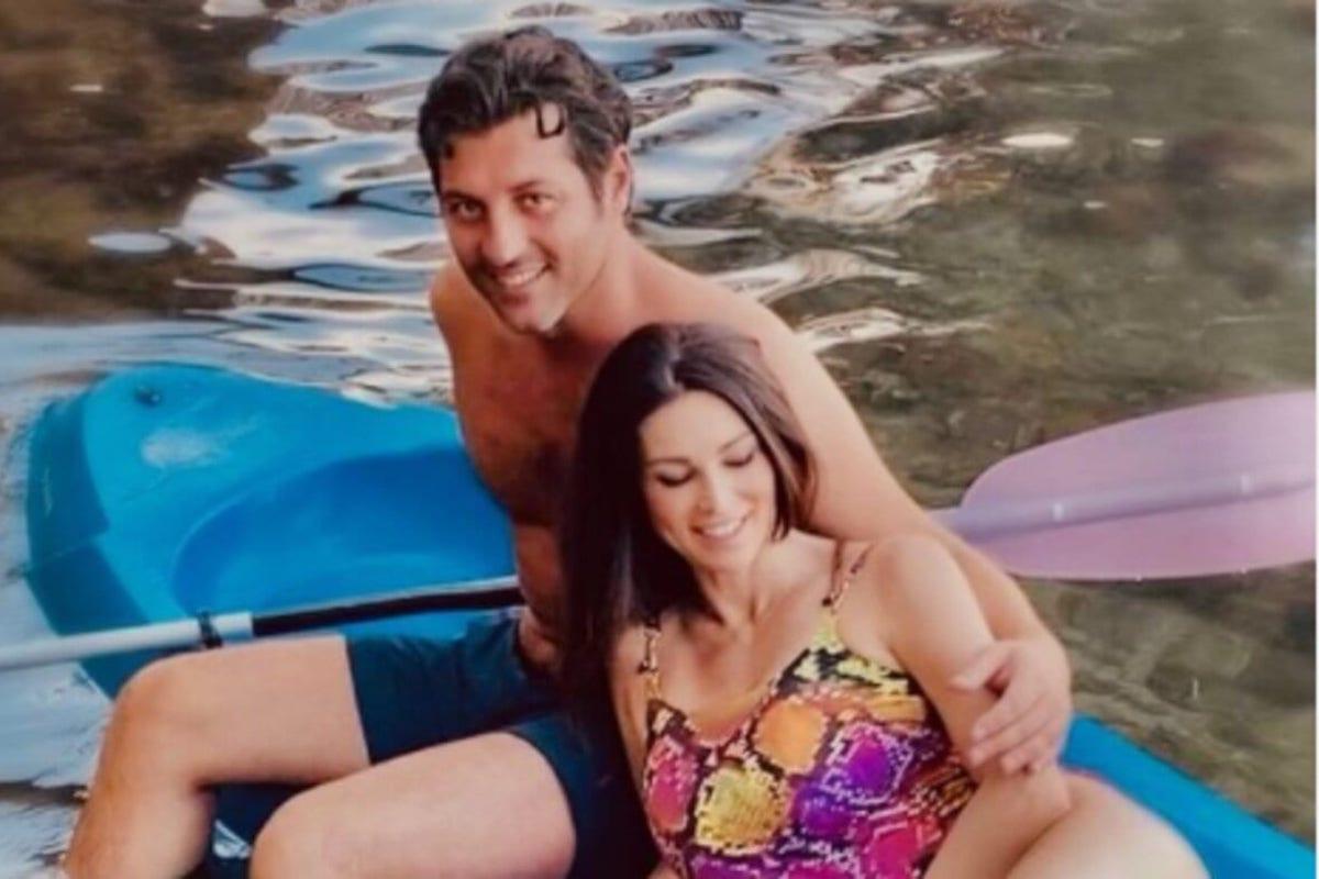 Manuela Arcuri e Giovanni Di Francesco in barca