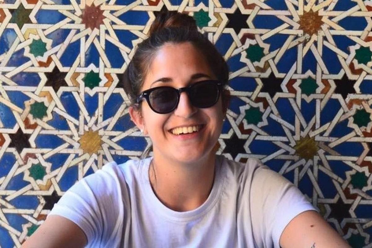 Marta Gori con gli occhiali da sole