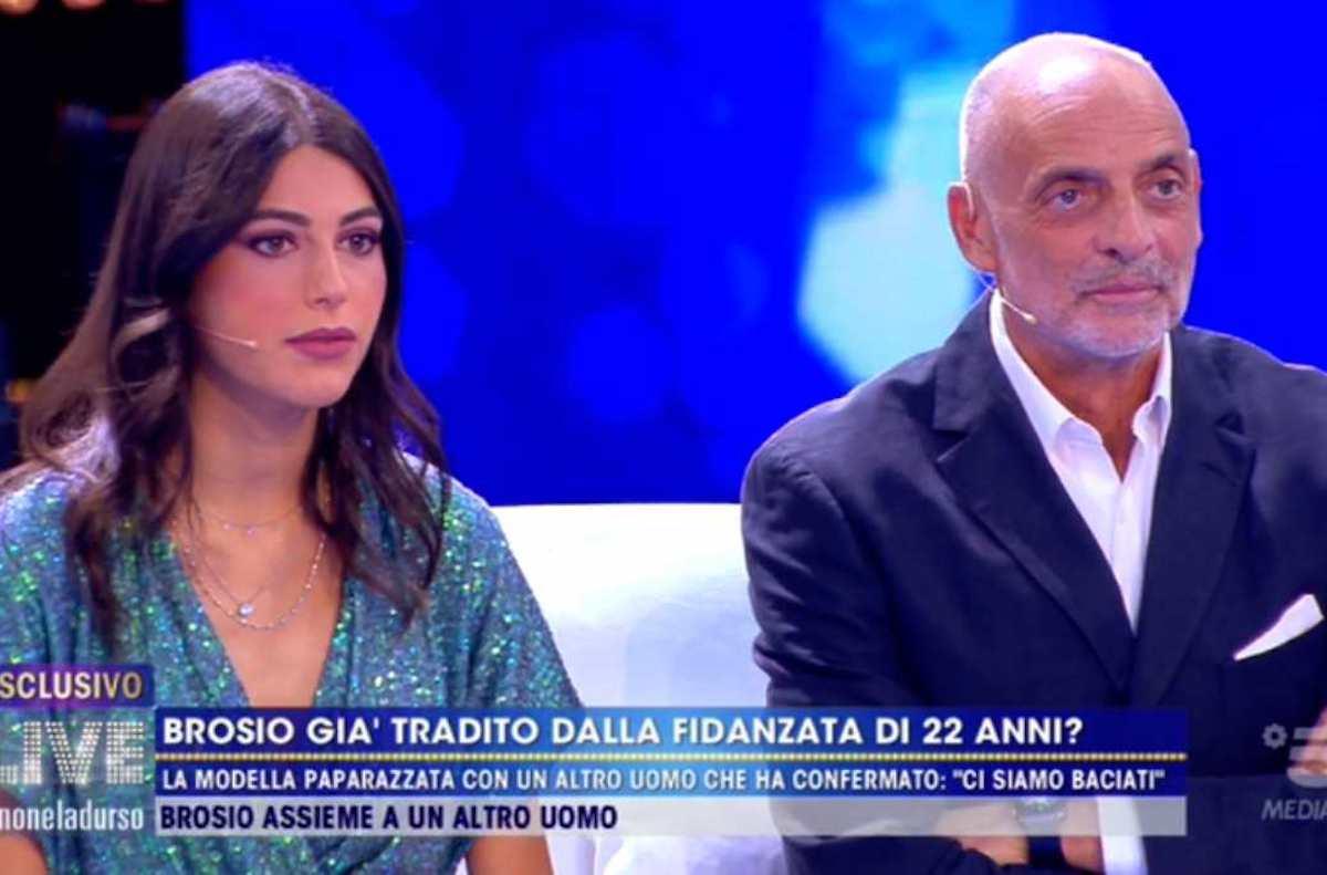 Paolo Brosio e la giovane fidanzata ospiti a Live