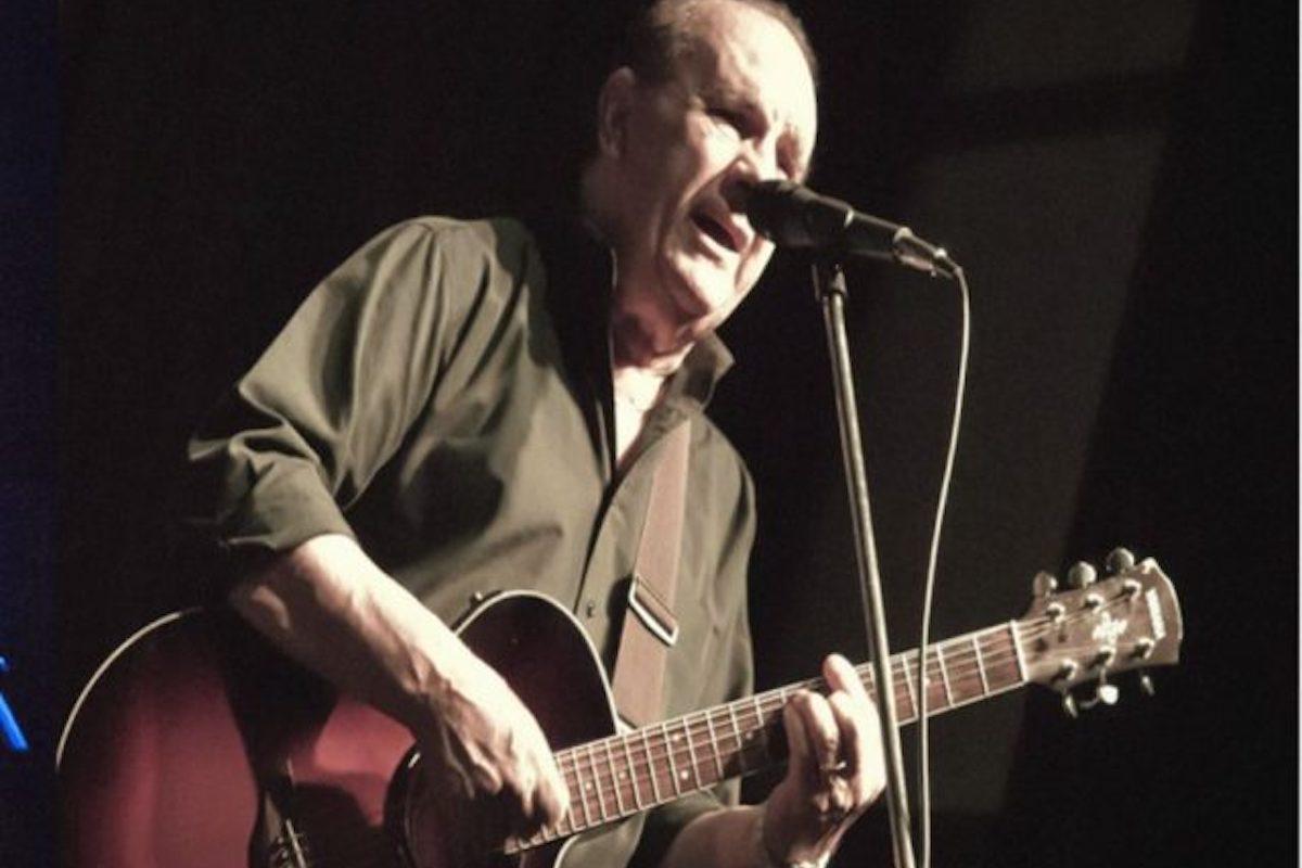 Pepe Salvaderi performance