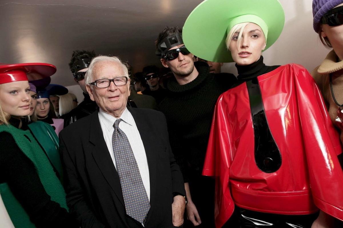 Pierre Cardin con le modelle