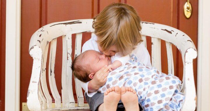Errori da non commettere quando nasce un fratellino