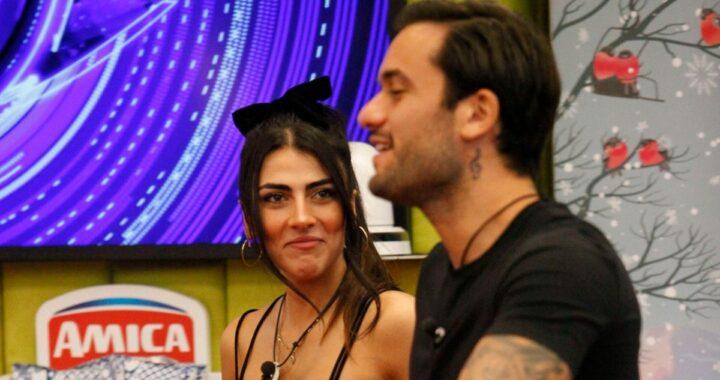 GF Vip: il bacio in piscina di Giulia Salemi e Pierpaolo Pretelli