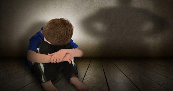 """Manfredonia, uomo di 38 anni ucciso con un coltello: """"È stato mio figlio di 7 anni"""""""