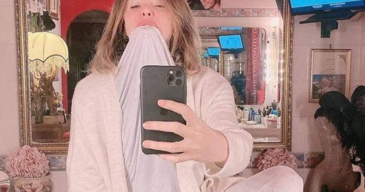 Selfie Alba Parietti