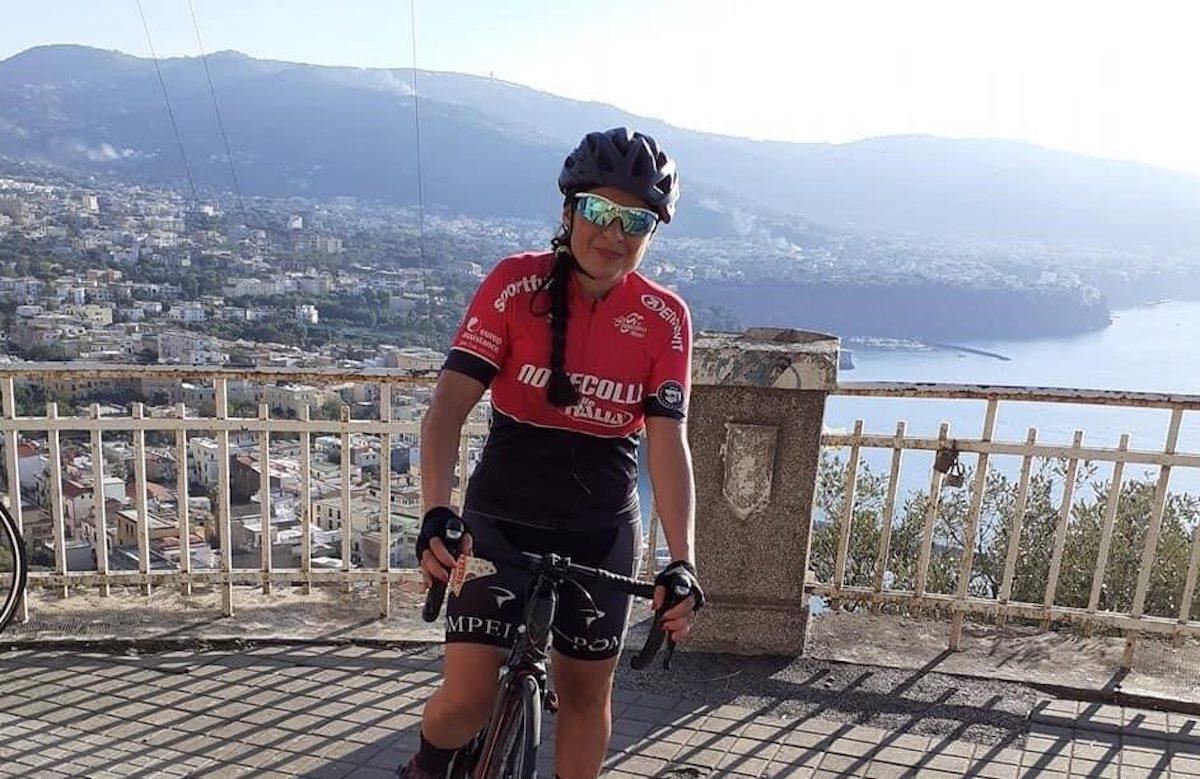 Anna Fogliamanzillo in bici
