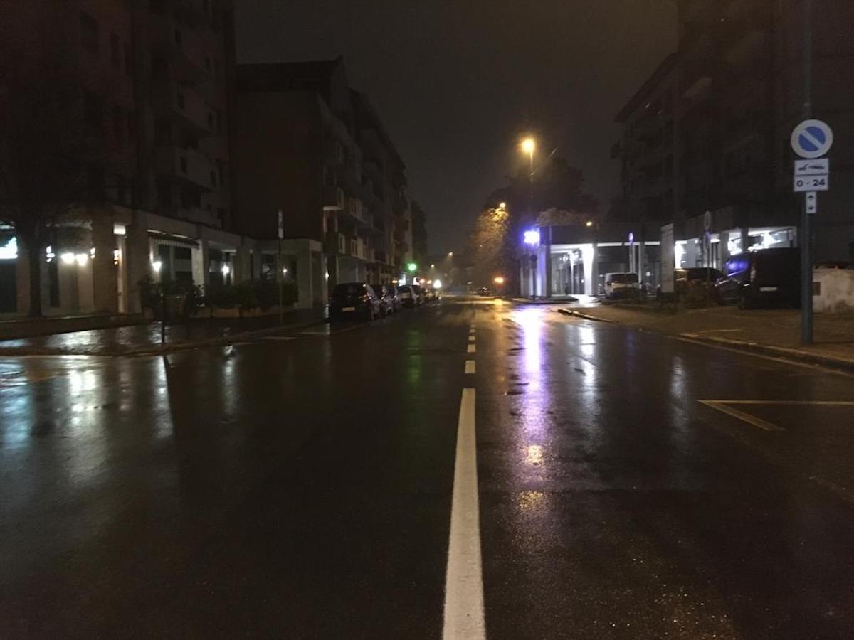 Coprifuoco strade deserte