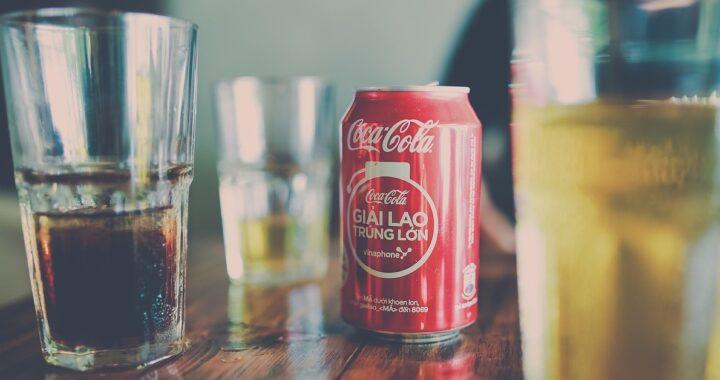 Come pulire con la coca cola: trucchi geniali per eliminare incrostazioni e cattivi odori