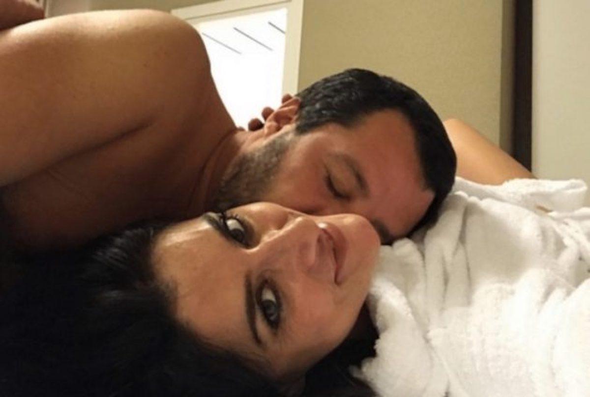 Matteo Salvini a letto