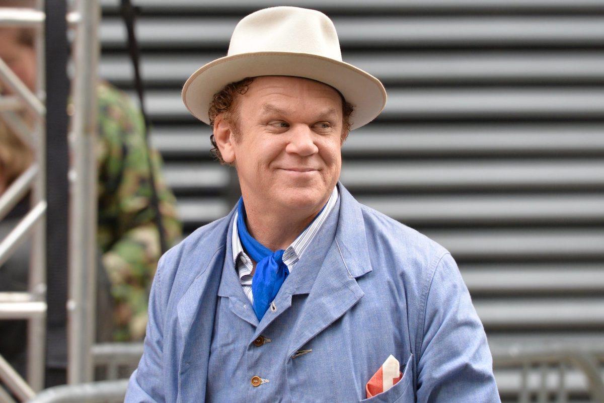 John Reilly porta il cappello