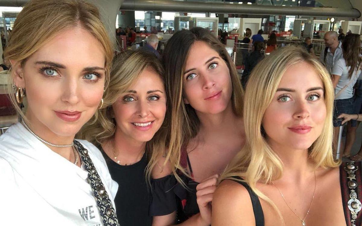 Di Guardo Marina insieme alle figlie