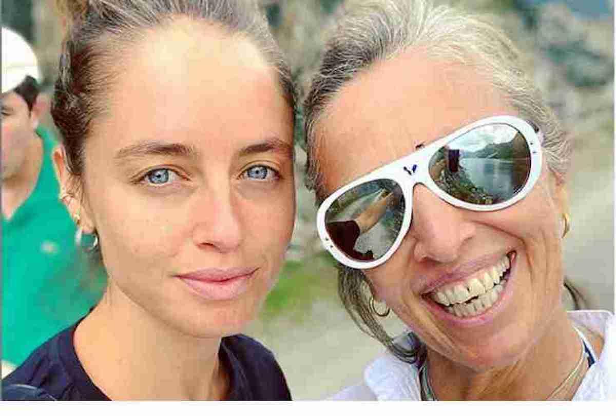 Selfi madre e figlia