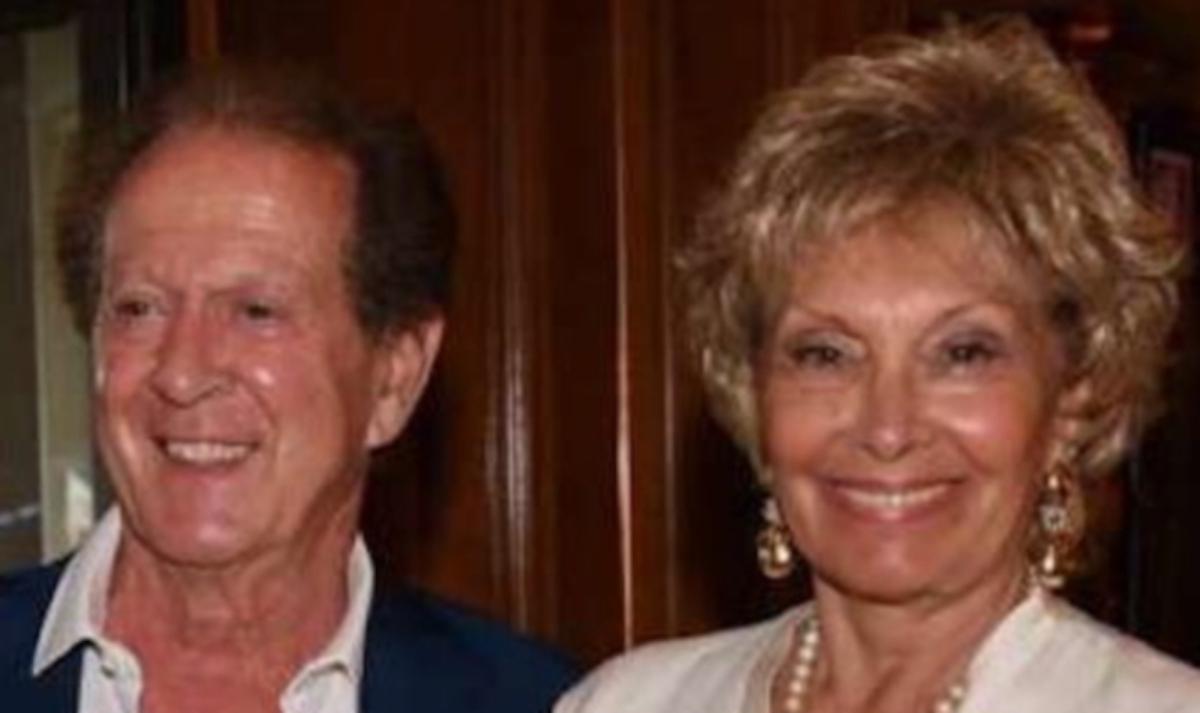 Memo Remigi, addio alla moglie Lucia: era malata da tempo