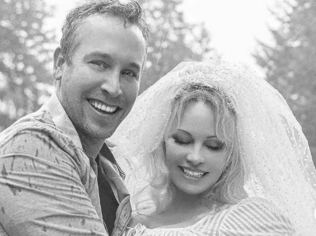 Matrimonio tra Pamela Anderson e Dan Hayhurst