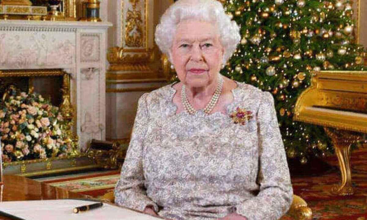 Auguri di Buon Natale dalla Regina Elisabetta