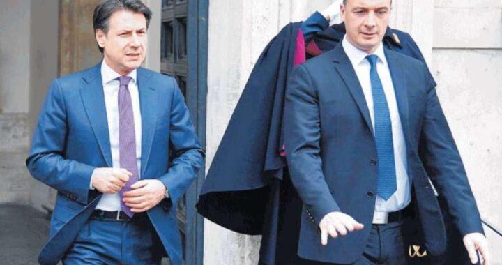 """Sconcertante retroscena su Conte e il suo portavoce svelato da Minzolini : """"Stai tranquillo"""""""