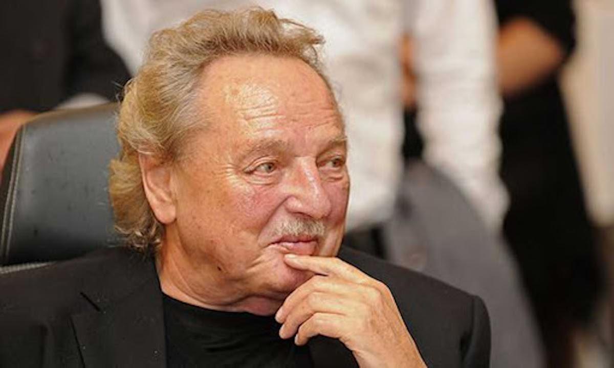 Gernot Swarovski sorridente